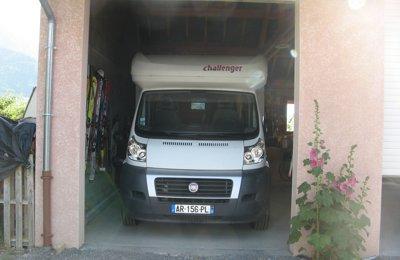 Camper Semintegrale Fiat Challenger Genesis condiviso a Chateauroux Les Alpes