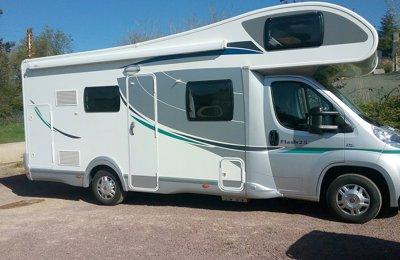 Camping-car Capucine Chausson Flash 25 en location à Moustoir-Ac