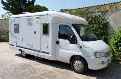 Camping-car Profilé Hymer Eriba Car 616 Gt en location à Orange
