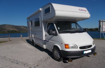 RV Coachbuilt Ford Transit Challenger 171 For rent in La Roche-De-Glun