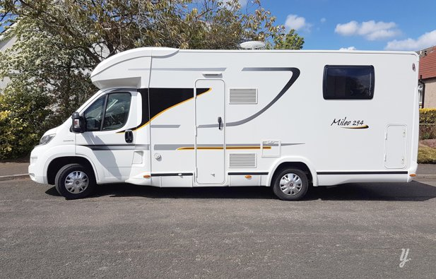 Low profile motorhome Benimar Mileo 294 rental