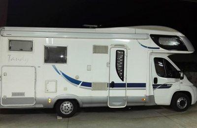 RV Coachbuilt Mclouis Tandy 636 G For rent in Santiago De Compostela