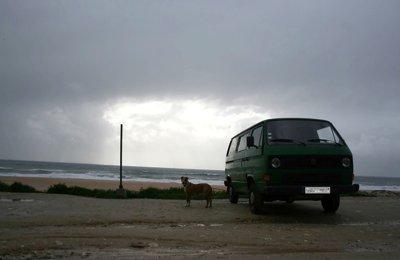 Campervan Volkswagen Transporter 3 em aluguer em Leiria