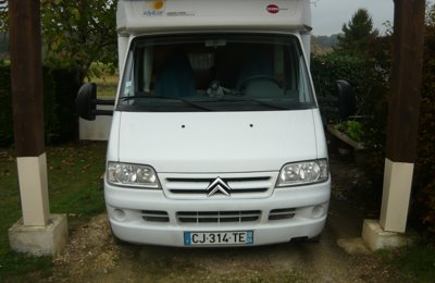 RV Low profile Burtsner T625 For rent in Sorges