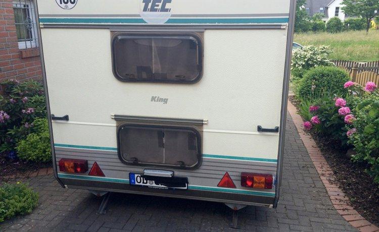 Wohnwagen Mit Doppel Etagenbett : Vermietung wohnwagen delingsdorf tec king 550 1992 yescapa