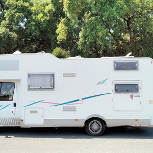 Coachbuilt motorhome rental - Pauliana