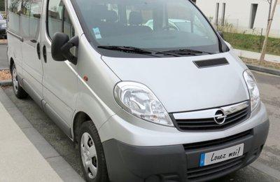 Converted van Opel Vivaro For rent in Villenave-D'ornon