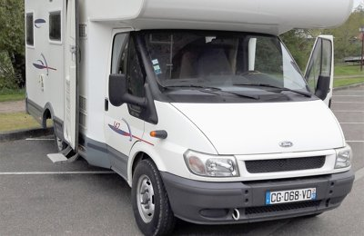 Camping-car Capucine Challenger 142 en location à Stutzheim-Offenheim