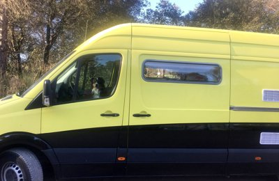 Converted van Mercedes Sprinter For hire in Moià