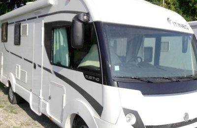 Camping-car Intégral Itineo Mobile 740 en location à Saint-Priest