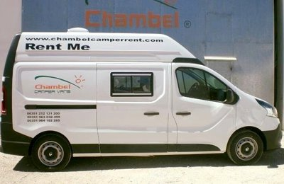 Converted van Renault Trafic For rent in Lisboa