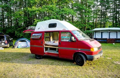Camper Volkswagen T4 For rent in Berlin