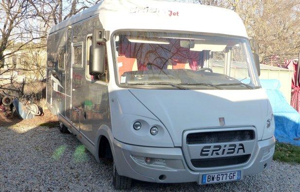 Location camping car int gral aix en provence renault - Location camping car salon de provence ...