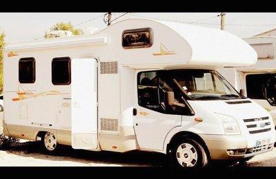 RV Coachbuilt Rimor Catamarano For rent in La Ciotat
