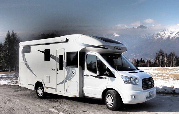 Low profile RV Chausson Flash 624 rental