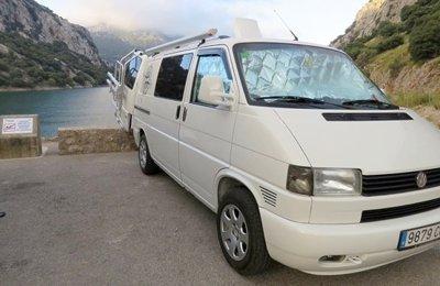 fc4cd87e93 Campervan Volkswagen T4 To rent in Felanitx
