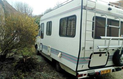 Camping-car Profilé Renault Rapidos en location à Le Mans