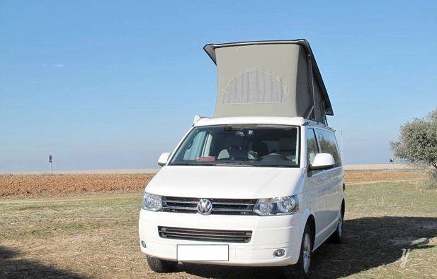 location van sevilla volkswagen california edition 2014 yescapa. Black Bedroom Furniture Sets. Home Design Ideas