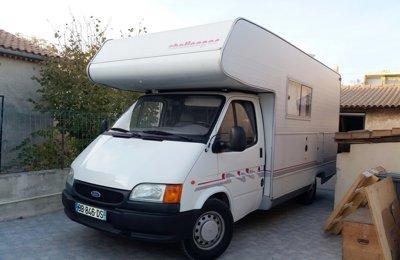 Camping-car Capucine Ford Transite en location à La Seyne-Sur-Mer