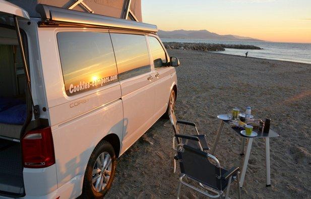 location van antibes volkswagen california coast 2017 yescapa. Black Bedroom Furniture Sets. Home Design Ideas
