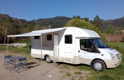 Camping-car Profilé Vilamobil Cautel S en location à Romans-Sur-Isère