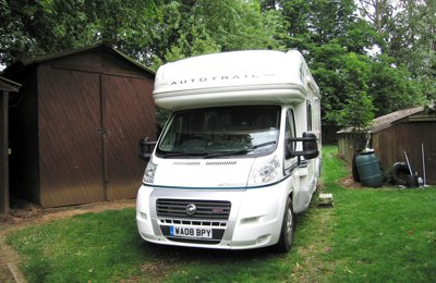 Motorhome Coachbuilt Autotrail Mohican For rent in Glasgow