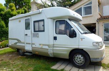 Location De Camping Cars Et Vans Ardeche Yescapa