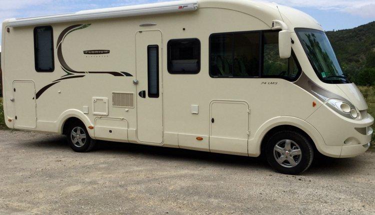 Photo du Camping-car Intégral Fleurette  Florium Wincester 74 Lms