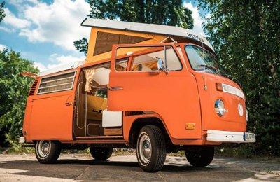 campingbus mieten vw t2 camper mieten vintage road trips. Black Bedroom Furniture Sets. Home Design Ideas