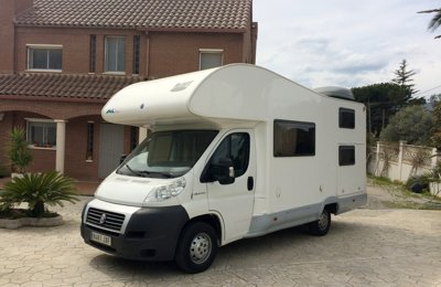 RV Coachbuilt Fiat Mclouis  M700 For rent in Valls