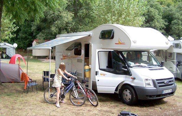 location camping car capucine nice rimor katamarano 8 1998 yescapa. Black Bedroom Furniture Sets. Home Design Ideas