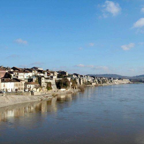Une journée entre le Lot et la Garonne - Location de camping-cars