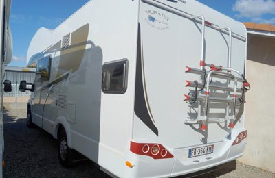 RV Coachbuilt Carado A461 For rent in Frouzins