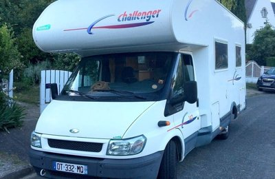 RV Coachbuilt Ford Transit Challenger Genesis 142 For rent in Orvault