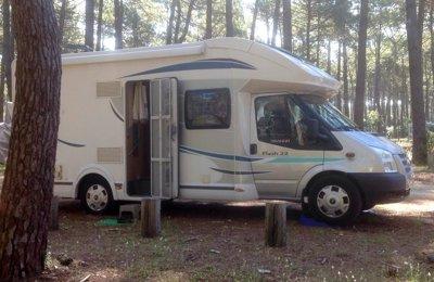 Camping-car Profilé Chausson Flash22 en location à Auvers-Sur-Oise