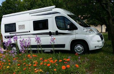 Fourgon aménagé Font Vendome Leader Camp en location à Sencenac-Puy-De-Fourches