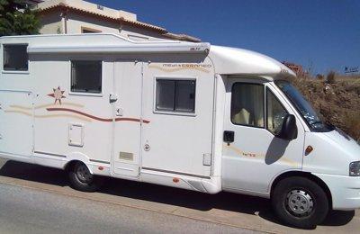 location de camping cars et vans malaga yescapa. Black Bedroom Furniture Sets. Home Design Ideas