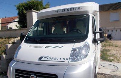 Camper Semintegrale Fleurette Migrateur condiviso a Casteljaloux
