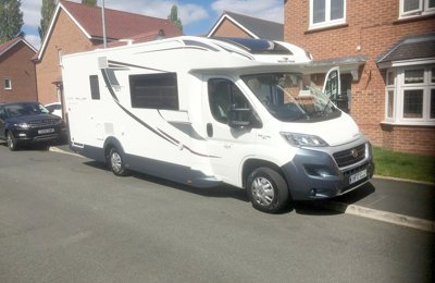 Motorhome Low profile Roller Team Auto Roller 707 For hire in Cadishead