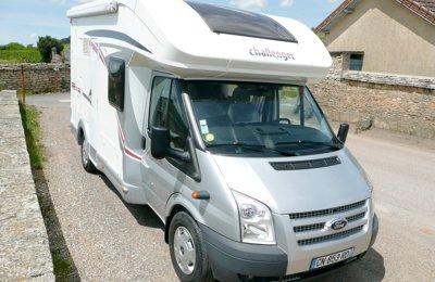 Camping-car Profilé Challanger / Ford Genesis 30 en location à Beaune