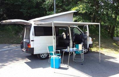 Camper Volkswagen California T4 en lloguer a Donostia