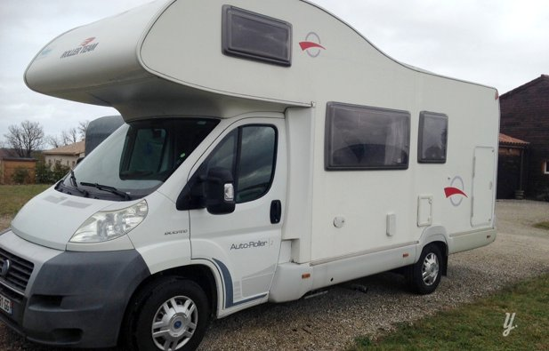 location camping car capucine corconne fiat ducato 2007 yescapa. Black Bedroom Furniture Sets. Home Design Ideas