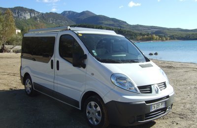 Van Renault Trafic 2 L Dci  en location à Nice