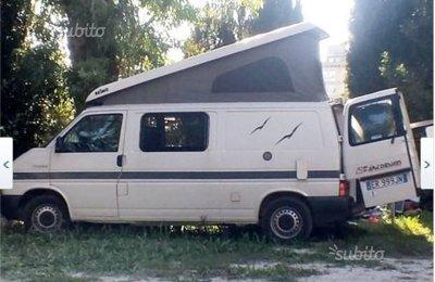 Van Volkswagen 70 X0 Ab Aja 20L2 (Bologna) condiviso a Bologna