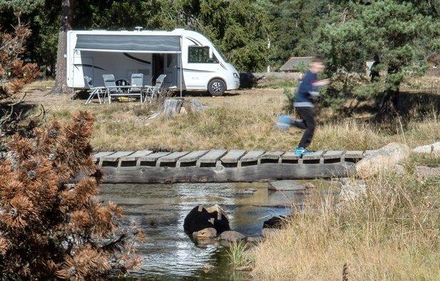 Location camping car int gral perpignan mc louis fiat nevis 873 perpignan 2015 yescapa - Location porte voiture perpignan ...