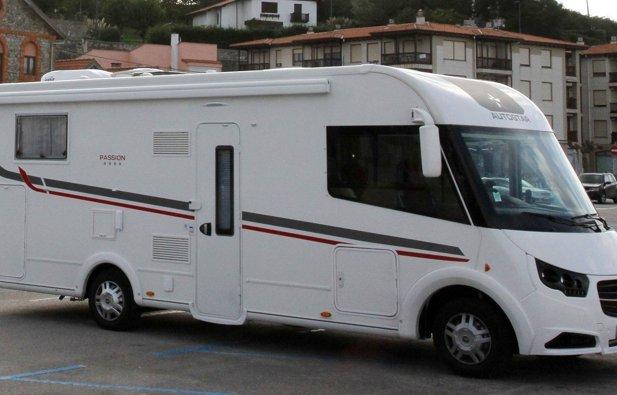 Location camping car int gral aix en provence autostar i720lc lift passion 2016 yescapa - Camping car salon de provence ...