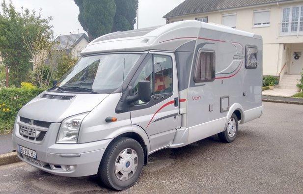 location camping car profil rouen hymer van 513 2010 yescapa. Black Bedroom Furniture Sets. Home Design Ideas