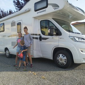 Coachbuilt RV rental - Anton