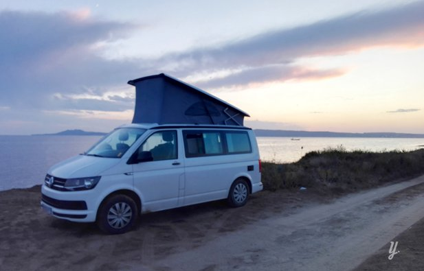 location van rennes volkswagen california t6 coast 2018 yescapa. Black Bedroom Furniture Sets. Home Design Ideas