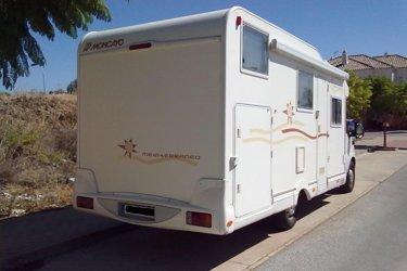 location camping car profil m laga moncayo mediterr neo 472 2005 yescapa. Black Bedroom Furniture Sets. Home Design Ideas